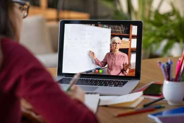 8 Aplikasi Kuliah Daring Video Conference Terbaik 2020