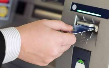 3 Tips Aman Cegah Modus Pencurian PIN ATM Saat Transaksi